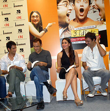 Sharman Joshi, Vidhu Vinod Chopra, Kareena Kapoor and Rajkumar Hirani