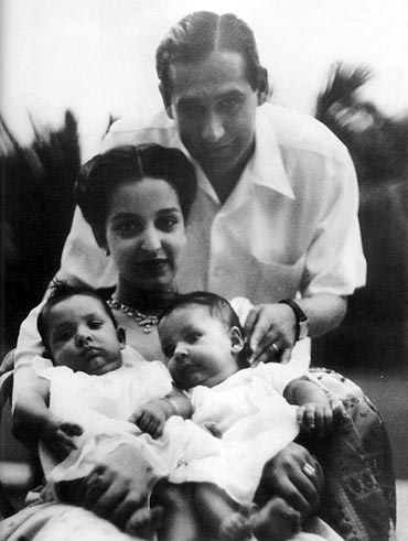 Tilak Raj Oberoi, Leela Naidu and their twin daughters, Maya and Priya