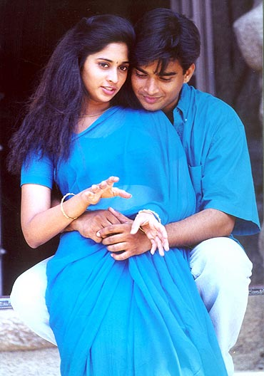 A scene from Alaipayuthe