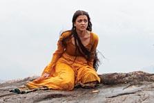 Aishwarya Rai Bachchan in Vikram Raavanan