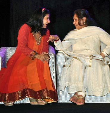 Kajol and Jaya Bachchan