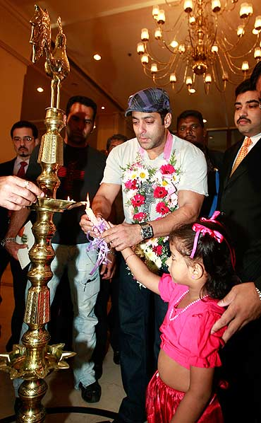 Salman Khan lights a lamp