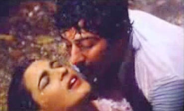 A scene from Betaab