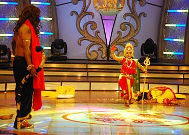 A scene from Aata