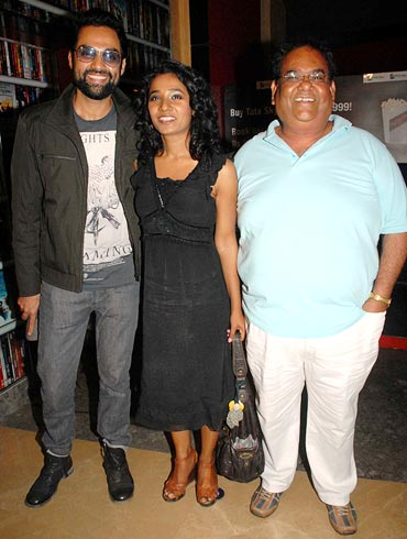 Abhay Deol, Tannishtha Chatterjee and Satish Kaushik