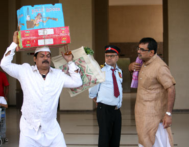 Akhilendra Mishra, Sanjay Mishra and Paresh Rawal