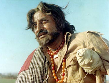 Pran in a scene from Upkaar