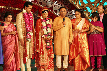 The families of Rahul Mahajan and Dimpy Ganguly