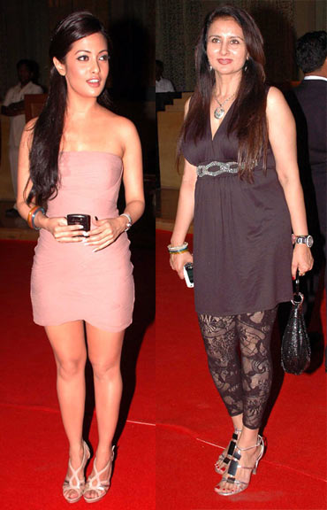 Riya Sen and Poonam Dhillon