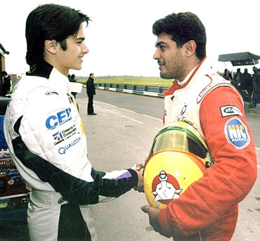 Nelson Piquet and Ajith at the Jr British F3 2004 Croft