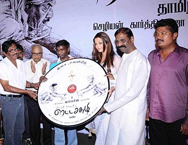 From left: Bharatiraja, K Balachander, Karthik Raja, Aishwarya Rai, Vairamuthu and Shankar