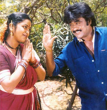 Radhika and Rajinikanth in Urkavalan