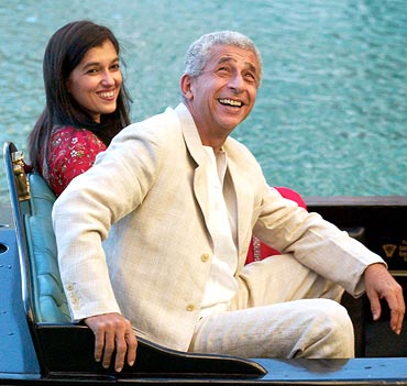 Naseeruddin Shah with wife Ratna Pathak
