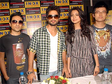 Vir Das, Shahid Kapoor, Anushka Sharma and Meiyang Chang