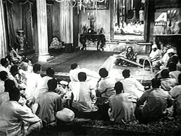 A scene from Jalsaghar