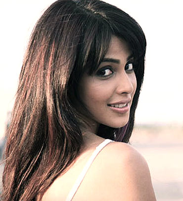 Genelia D'Souza in Chance Pe Dance