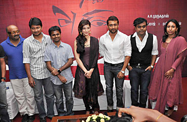 The 7aam Arivu team