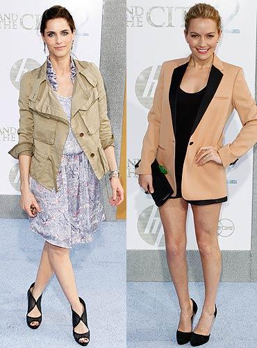 Amanda Peet and Becki Newton