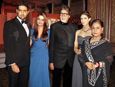 Abhishek, Aishwarya, Amitabh, Shweta and Jaya Bachchan