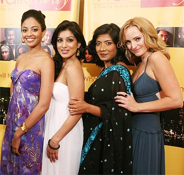 Ami Sheth, Pallavi Sharda, Deepti Gupta and Carrie Anne James