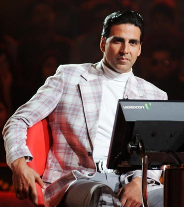 Akshay Kumar on KBC
