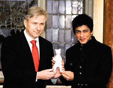 Klaus Wowereit and Shah Rukh Khan