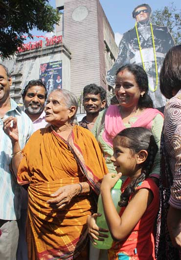 76-year-old Lakshmi walks out happy after watching Endhiran