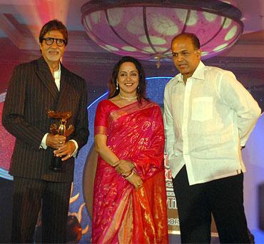 Amitabh Bachchan, Hema Malini and Ashutosh Gowariker