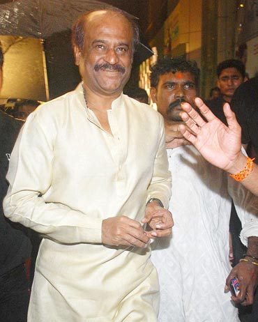 Rajnikanth at the premiere of Robot