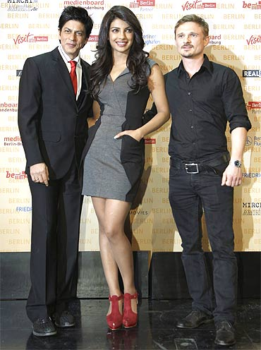 Shah Rukh Khan, Priyanka Chopra and German actor Florian Lukas pose during a photocall