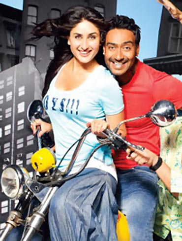 Kareena Kapoor and Ajay Devgn in Golmaal 3