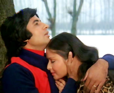 Amitabh Bachchan and Rakhee in Kabhi Kabhie