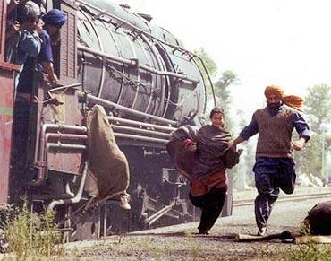 A scene from Gadar: Ek Prem Katha