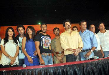 Sophie Choudhary, Ranbir Kapoor, Priyanka Chopra, Ajay Devgn, Amitabh Gupte, Anil Kapoor, Madhur Bhandarkar and Farhan Akhtar