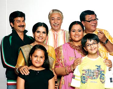 The Khichdi cast with 13-year-old Markand