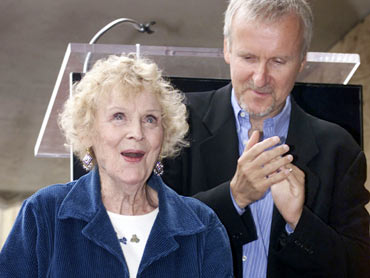 Gloria Stuart and James Cameron at the Hollywood Walk of Fame in Hollywood