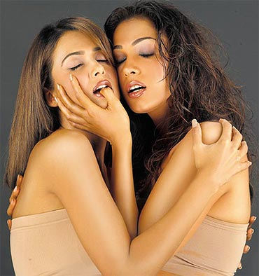 Amrita Arora and Eesha Koppikar in Girlfriend