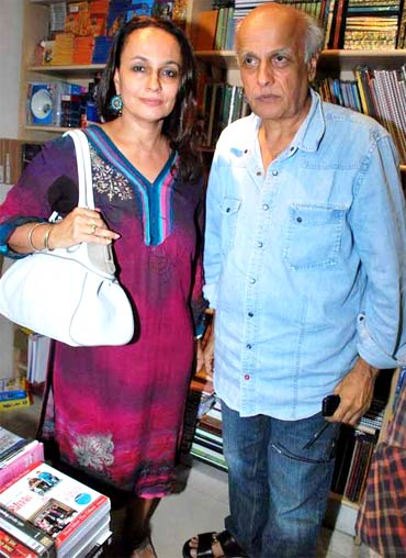 Soni Razdan and Mahesh Bhatt