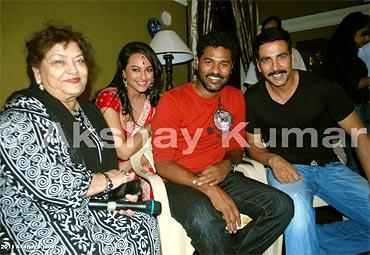 Saroj Khan, Sonakshi Sinha, Prabhudeva and Akshay Kumar