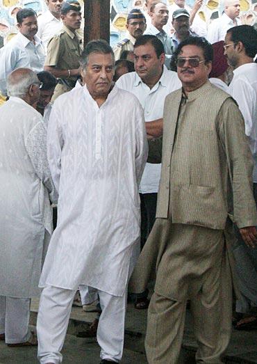 Vinod Khanna and Shatrughan Sinha