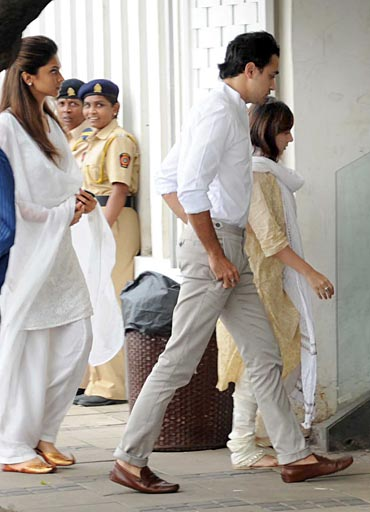 Deepika Padukone and Imran Khan