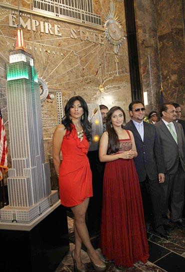 Reshma Shetty, Rani Mukerji and Gulshan Grover