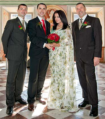 Celina Jaitley-Peter Haag with her father-in-law and brother-in-law