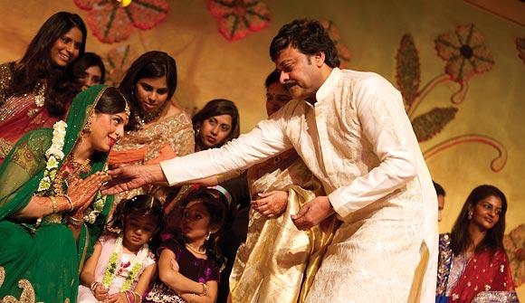 Chiranjeevi blesses Upasana