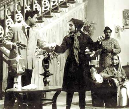 Asha Parekh and Dev Anand in Jab Pyar Kissise Hota Hai