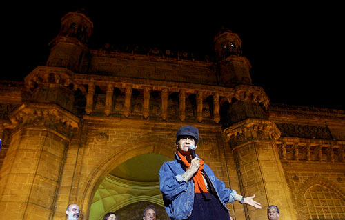 Dev Anand at the Gateway Of India