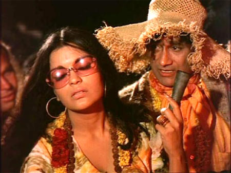 Dev Anand with Zeenat Aman in Hare Ram Hare Krishna
