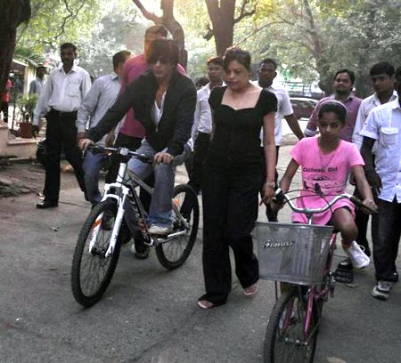 Shah Rukh Khan, Shehnaz and Suhana