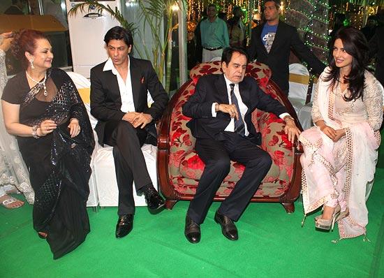 Saira Banu, Shah Rukh Khan, Dilip Kumar and Priyanka Chopra