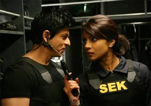 Shah Rukh Khan and Priyanka Chopra in Don 2